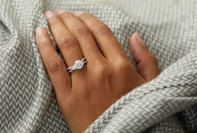 Selection and Purchase of the Engagement Rings: What You Can Decide